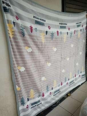 Fleece blankets image 14