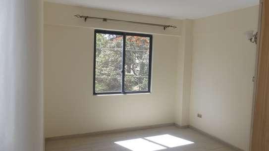 2 bedroom apartment for rent in Kileleshwa image 5