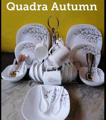 Quadra Autumn dinner set image 1