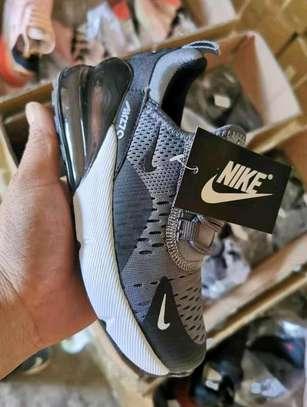 Nike 270 image 3