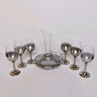 Wine decanters with glasses image 3