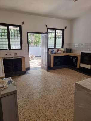 3 br house for Rent in Mtwapa Behind kenol. HR36 image 8