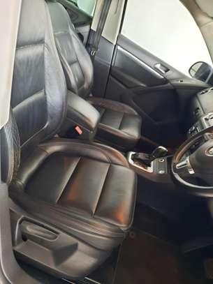 Volkswagen Tiguan 2.0 S image 13