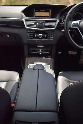 Mercedes Benz E300 2013 image 6