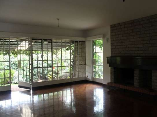 4 bedroom townhouse for rent in Muthaiga Area image 3