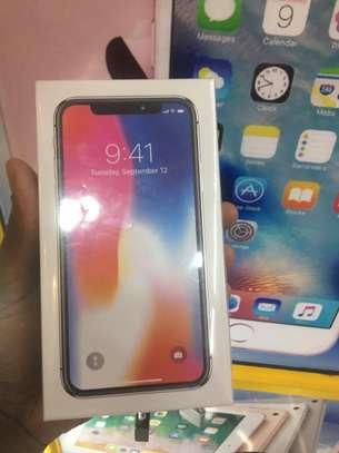 Apple iphone X 256gb image 2