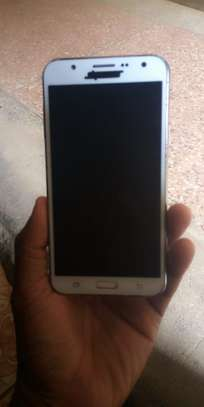 Samsung galaxy J7 image 1