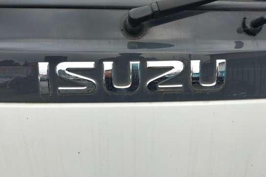 Isuzu NKR image 5