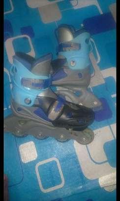 Adjustable kids skate image 1
