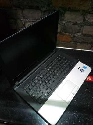 Hp Notebook 340 G2,core i3,4gb ,500gb