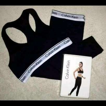 Ladies underwears calvin Klein image 3