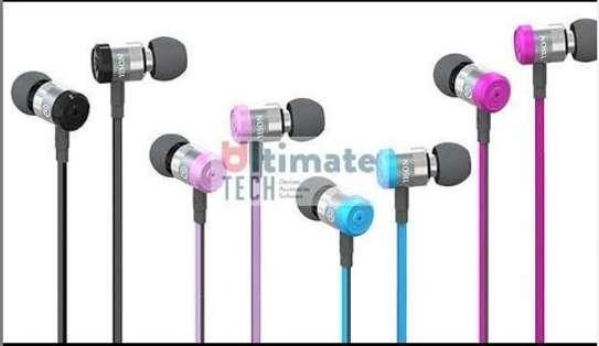 Ultimate High tech earphones image 1