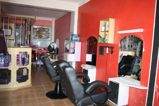 Salon, Barbers And Cosmetics Shop For Sale