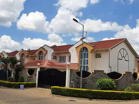 4 bedroom townhouse for rent in Langata Area image 5