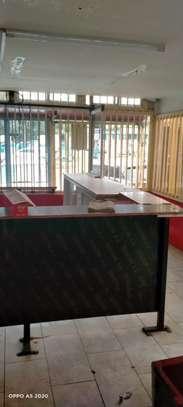 900 ft² shop for rent in Karen image 5