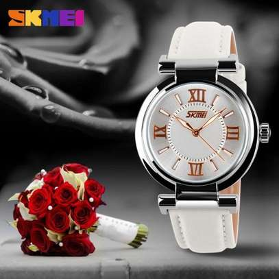 Skmei Women Fashion Luxury 9075 Dress Watch Leather Strap image 3
