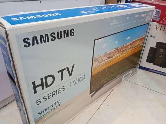 32 inch Samsung digital Full HD LED smart TV image 1