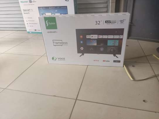 syinix 32 smart digital tv frameless image 1