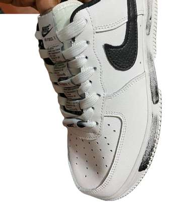Peaceminusone Nike X Air Force 1 Low 'para?Noise' image 2