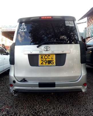 Well maintained Toyota voxy KCC