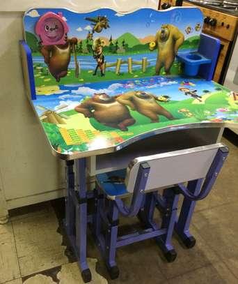 Kids desk image 4