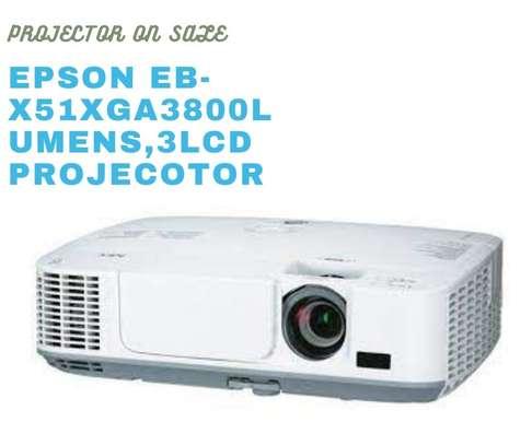 Epson EB-X51XGA 3800 lumen,3LCD projector image 1
