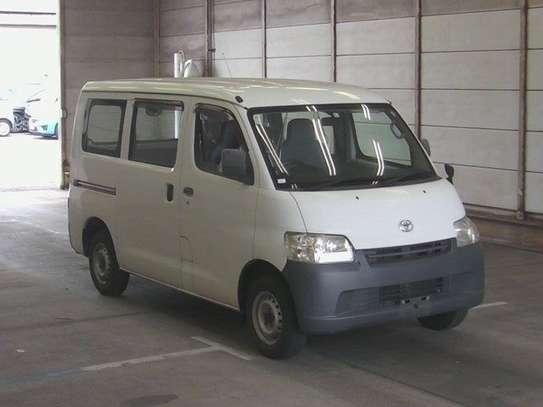 Toyota Lite-Ace image 1