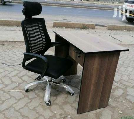 Office desk and headrest chair. image 3