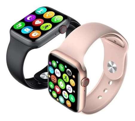 Apple Watch series 6 40mm image 1
