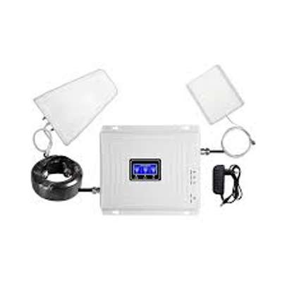 Universal 3g/2g GSM Phone Signal Booster image 1