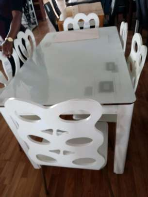 Beautiful 6 seater dining table image 1