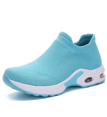 Ladies fantastic sneakers image 3