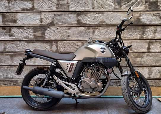 Zontes V250 with perfect custom exhaust