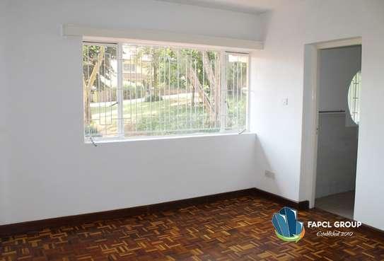 4 bedroom townhouse for rent in Riverside image 11
