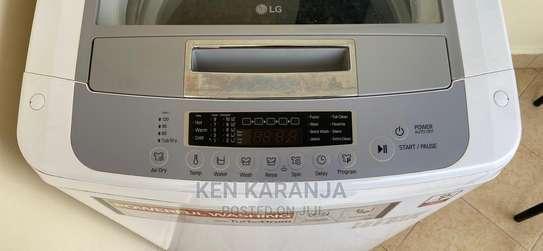 LG 11kg Washing Machine image 4