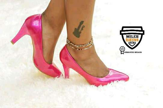 Shinny Official Heels image 1