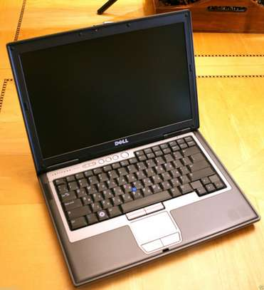 GET A LAPTOP WITH ONLY KSH 10000 image 1