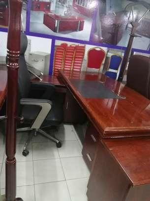 1.6 Executive Office Desk image 3