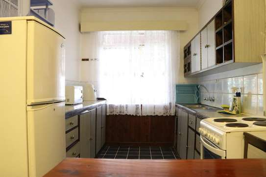 Furnished 2 bedroom house for rent in Gigiri image 5