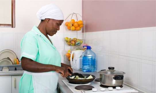Part-time and  Full-Time Housekeepers for hire image 1