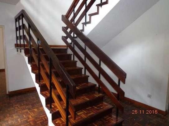Lavington - House image 10