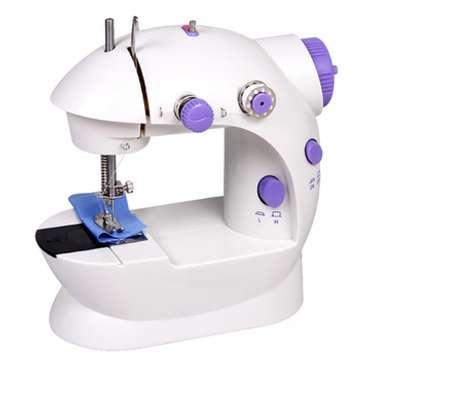 sewing machine image 2