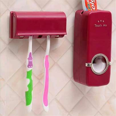 Toothpaste dispenser+ 5 toothbrush holder image 3