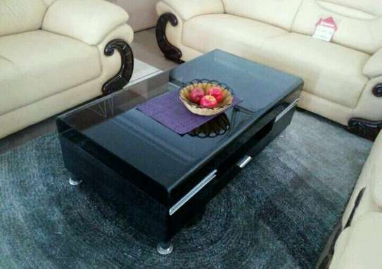 Trendy coffee tables image 1