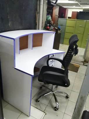 Curved reception office desk image 1