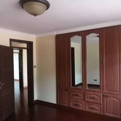 Magnificent townhouse to let in Lavington. It's a 6 bedroom all ensuite image 6