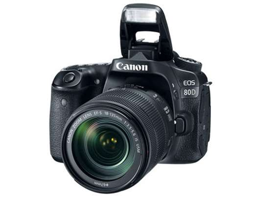 Canon DSLR Camera EOS 80D with 24.2 Megapixel - With 18-135mm Lens - Comes With Free 32GB Memory Card - Brand New Sealed