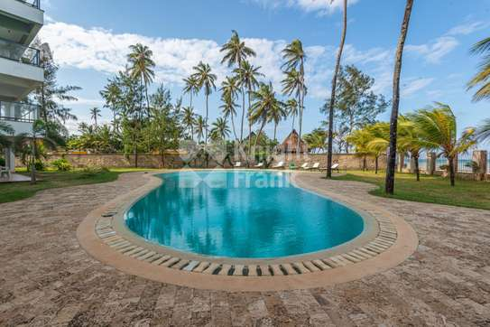 Furnished 3 bedroom apartment for sale in Bamburi image 11