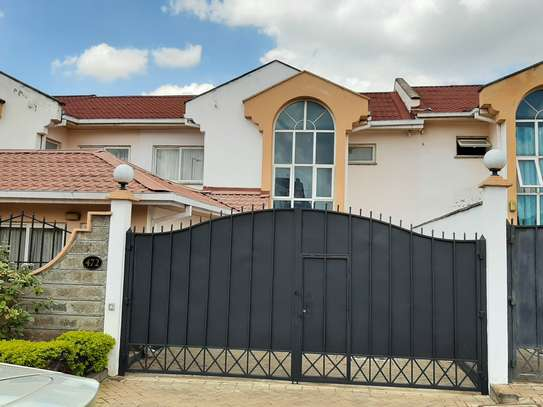 4 bedroom townhouse for rent in Langata Area image 3
