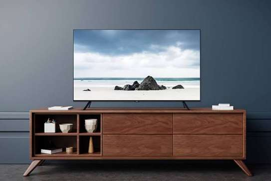 Samsung 32 inch smart 32T5300 Digital TVs image 2